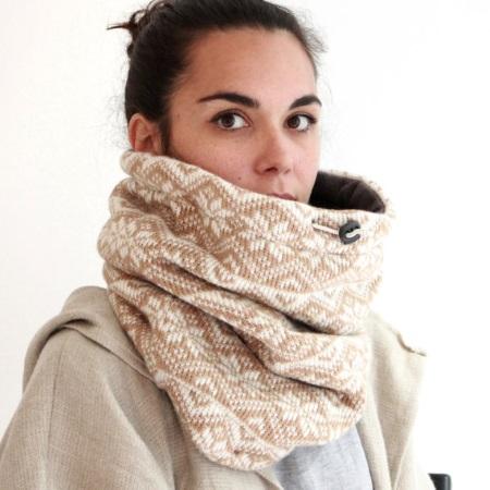 knit-scarf-snowflake